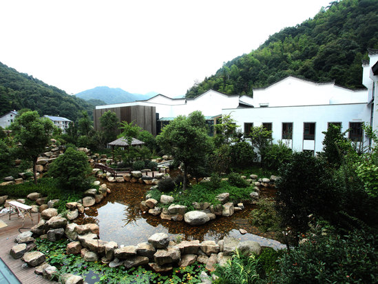 Huajiacun Resort Hotel